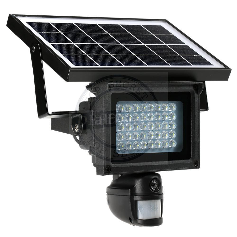 מצלמה נסתרת עם חיישן תנועה סמויה בפנס לדים סולרי ST400