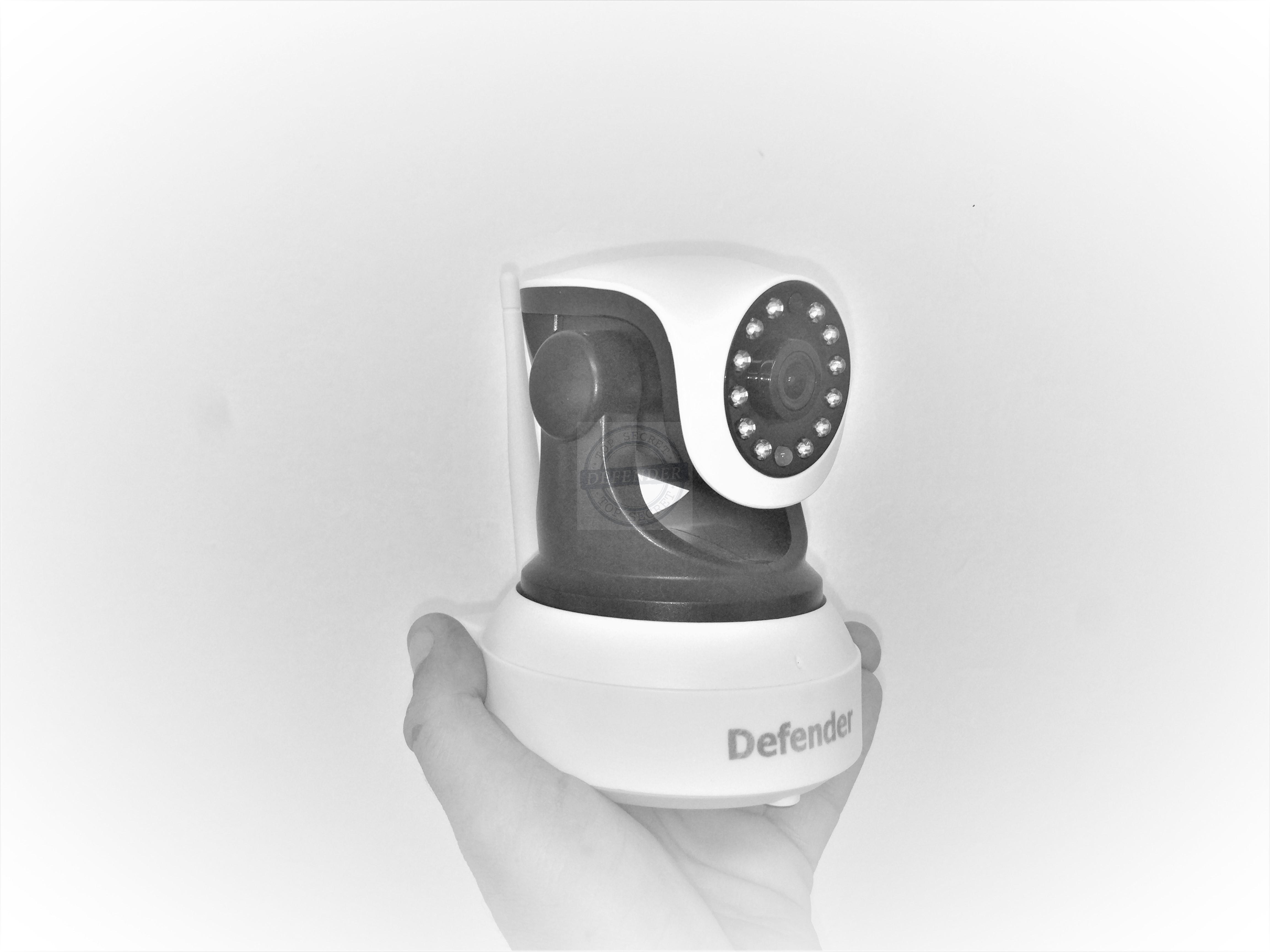 מצלמת אבטחה אלחוטית IP עם ראיית לילה מבית DEFENDER